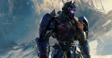 """(CINEMA) - """"Transformers - L'ultimo cavaliere"""" di Michael Bay. Ma quante ne ha fatte re Artù!?"""