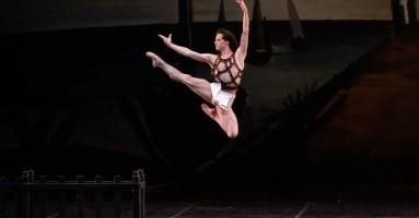 """Siena and Stars Festival - Otto bravi ballerini per """"Le Grand Pas de Deux"""" di Mario Mattia Giorgetti"""