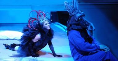 L'Arena Shakespeare... un sogno che è diventato realtà Nuovo spazio teatrale realizzato dalla Fondazione Teatro Due di Parma. -di Nicola Arrigoni