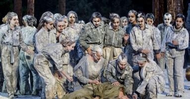 """INDA DI SIRACUSA, STAGIONE 2019 - """"LE TROIANE"""", regia Muriel Mayette-Holtz. -di Gigi Giacobbe"""