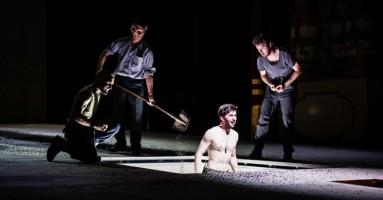 TITO/GIULIO CESARE - regia Gabriele Russo/Andrea De Rosa