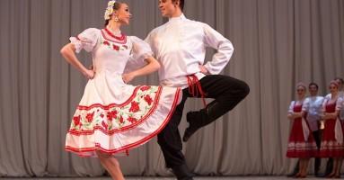 """TORINO ESTATE REALE: """"Igor Moiseyev Ballet"""" - coreografie Igor Moiseev. -di Michele Olivieri"""