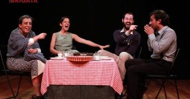"""""""Teatro della Brigata"""", a Livorno - lo spettacolo di fine corso del terzo anno di teatro"""