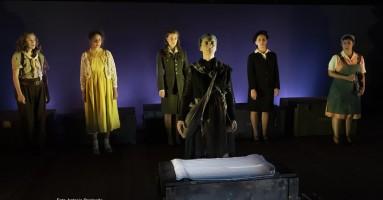 DONNE IN GUERRA – regia Laura Sicignano