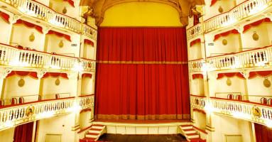 TEATRO SANNAZARO DI NAPOLI: Rientra nel vivo! - Stagione Teatrale 2021 – 2022