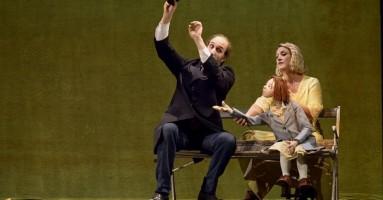 """Accenni sul teatro di figura in Italia: """"Kafka e la bambola viaggiatrice"""" - da Incanti 2020. -di Valeria Minciullo"""
