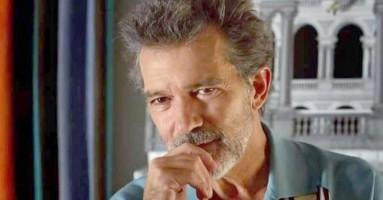 "(CINEMA) - ""Dolor y Gloria"" di Pedro Almodóvar. Almodovar e Banderas: è subito cinema"
